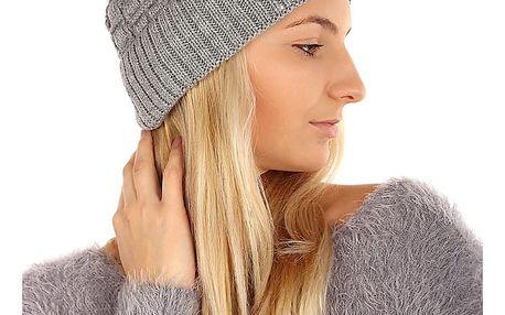 Pletená čepice s kamínky světle šedá