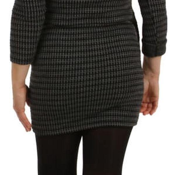 Úpletové dámské vzorované šaty šedá3
