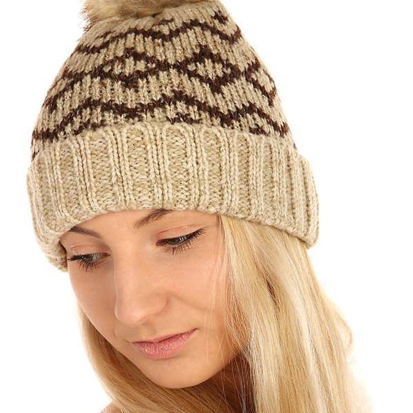 Vzorovaná pletená čepice hnědá3