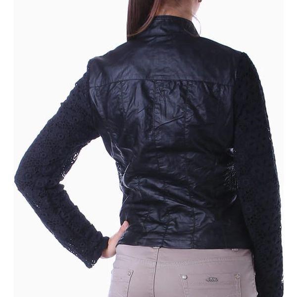 Koženková bunda s krajkovými rukávy černá4