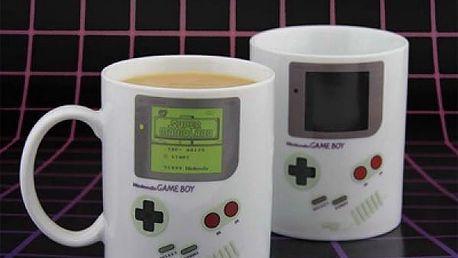 Hrnek měnící barvu Nintendo Game Boy