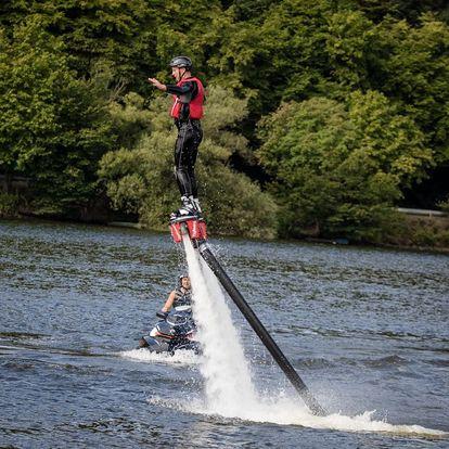 Flyboarding - velká dávka adrenalinu