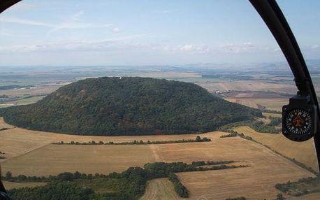 Vyhlídkový let vrtulníkem nad Říp