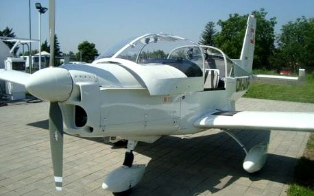 Akrobatický let Z-142 (15 minut)