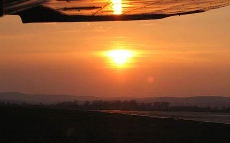 Romantický večerní let nad Brnem