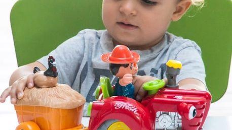 Traktor se Světly a Zvukem Vyhýbající se Překážkám