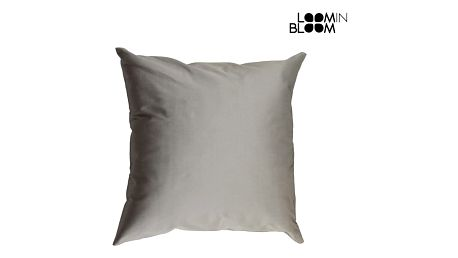 Stříbrný taftový polštářek by Loom In Bloom