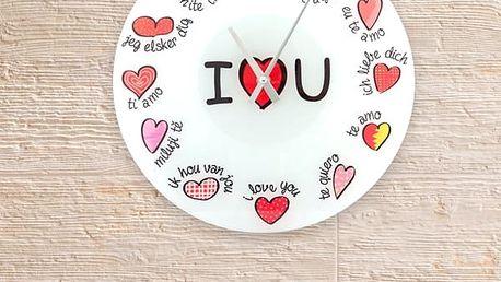 Vícejazyčné Nástěnné Hodiny I Love You