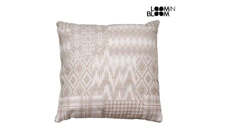 Béžový polštářek patchwork carla by Loom In Bloom