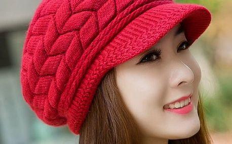 Zimní čepice s kšiltem