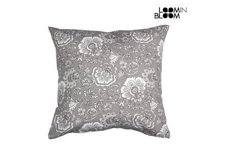 Classic šedá cushion by Loom In Bloom
