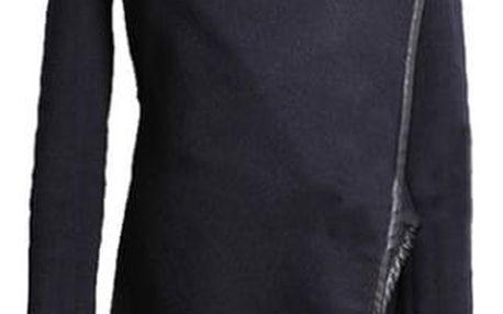 Elegantní kabát s vyšším rolákem