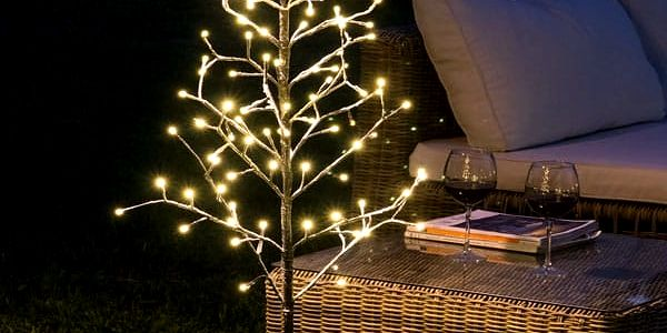 Dekorační Stromek se Sněhovými Vločkami 96 LED