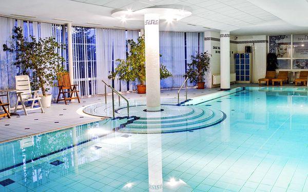 Beskydy s polopenzí, neomezeným bazénem i saunou