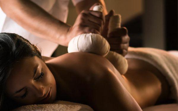 Voucher na masáž jako dárek k Vánocům
