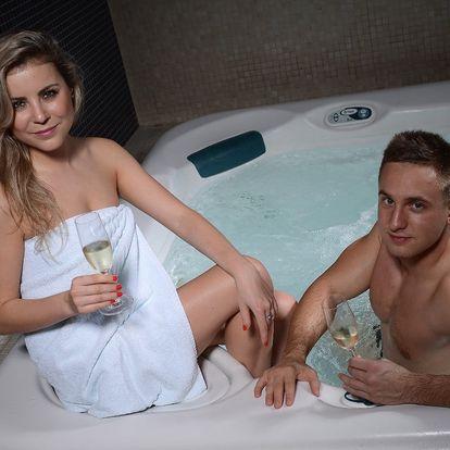 Užijte si romantiku: vířivka, sauna a sekt