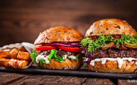 Poctivý hamburger nebo křupavá quesadilla s domácí limonádou ve stylovém džbánku