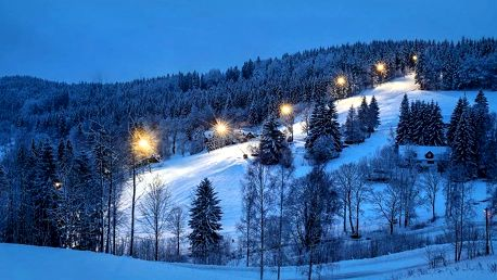 Zima i jaro v Jizerkách s polopenzí a wellness