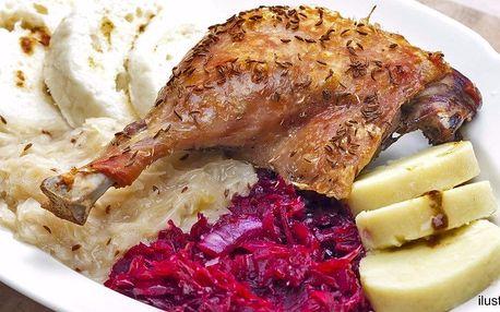 Pečená kachna pro 4 jedlíky včetně zelí a knedlíků