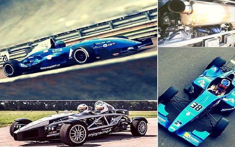 Závodní den v Ariel Atom 3.5 a Formuli Renault 2.0 4 + 4 kola (1 kolo = 2 km) jeden den, dva superstroje a ty za jejich volantem