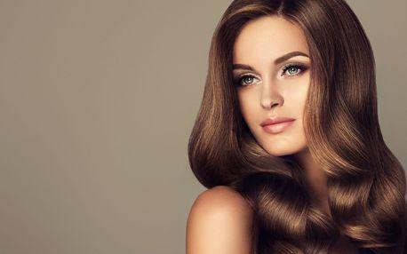 Hloubkové ošetření poškozených vlasů vč. střihu