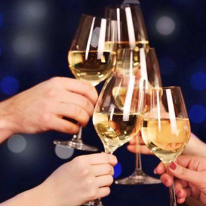 Silvestr na Moravě: 3 noci s polopenzí i vínem