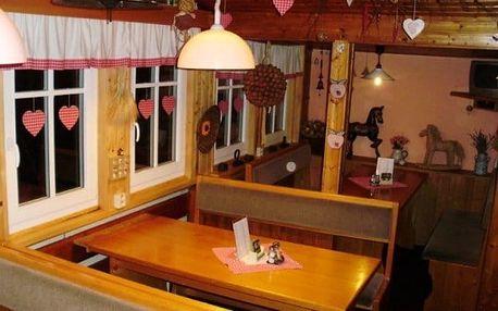 Peci pod Sněžkou v zimě pro dva v roubené chatě s polopenzí, u sjezdovky, roubena chata Šohajka, rodinný, s dětmi, pro rodiny