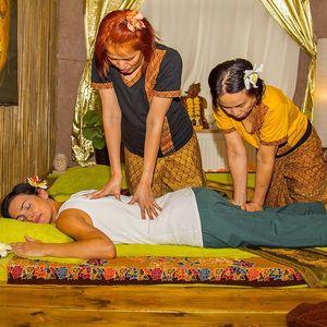 Profesionální thajská masáž dle výběru