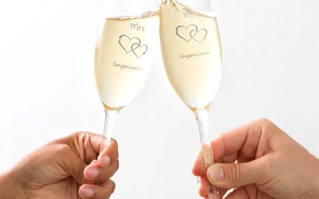 Skleničky Mr + Mrs Congratulations Romantic Items 2 kusy