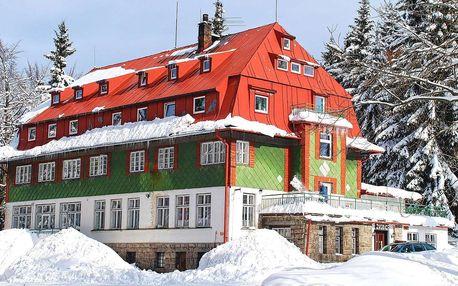 Chata Zvonice v Krkonoších pro 2 + 2 děti do 12 let zdarma s polopenzí