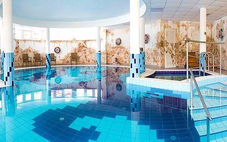 5denní pobyt pro 1 osobu s dítětem do 13 let zdarma do hotelu Venus*** v Maďarsku