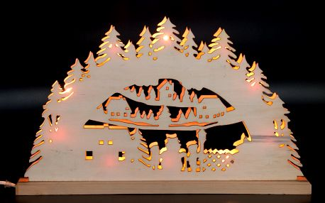 Vánoční dekorace - velký dřevěný svícen s žárovkami sněhulák