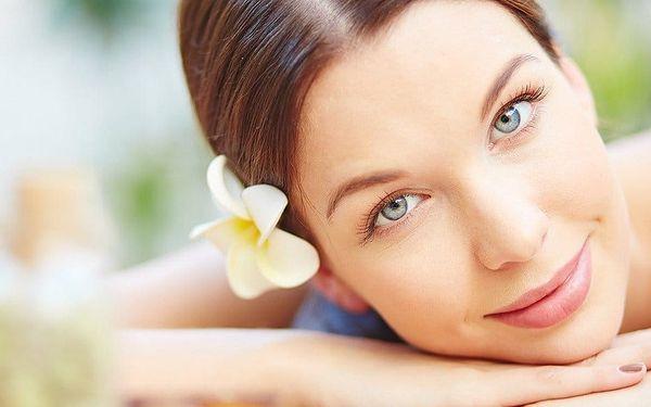 Ošetření pleti s masáží dekoltu a obličeje + líčení