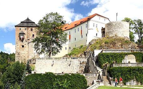 Romantický pobyt pro dva v penzionu Hradní Bašta, ubytování, středověká večeře o třech chodech.