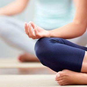 Pivní jóga a další lekce cvičení pro jednoho i 2