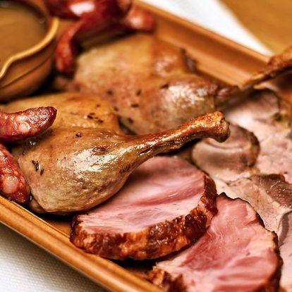 4 druhy masa se zelím a knedlíky až pro 4 os.