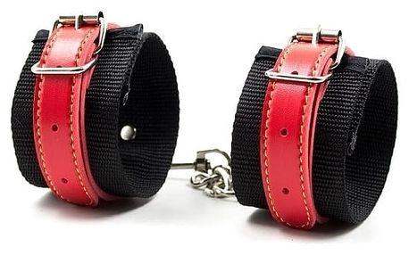 Pevná erotická pouta Leather Cuf vyrobená z kůže, pro pevné uchopení Vašich sexuálních fantazií