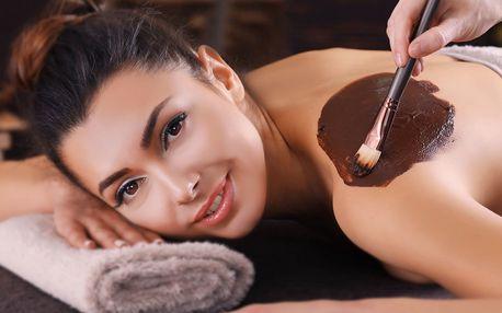 Hodinová čokoládová masáž s peelingem a zábalem