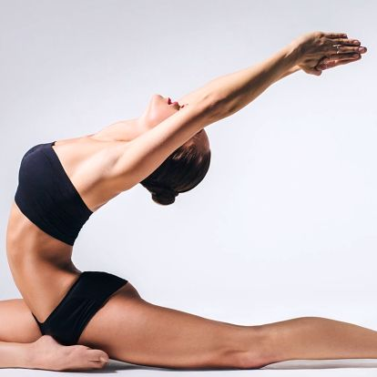 Dvě lekce jógy, pilates či meditace v YOGAPLANET