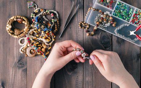 Dvouhodinový workshop vyrábění náramků