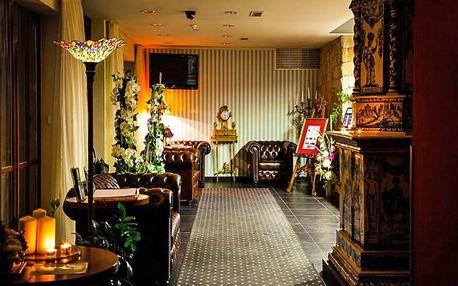 Mariánské Lázně v Golf Hotelu Morris s wellness i jako dámská jízda či s dítětem zdarma