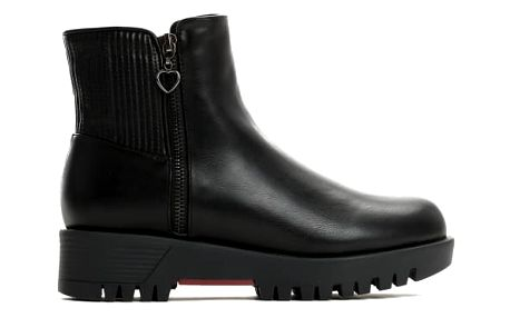 Dámské černé lesklé kotníkové boty Madelain 2148