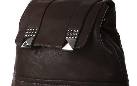 Prostorný batoh se stříbrnými pyramidami tmavě hnědá
