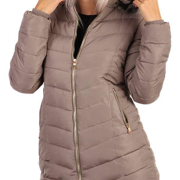 Zimní bunda zateplená kožíškem i pro plnoštíhlé tmavě modrá3
