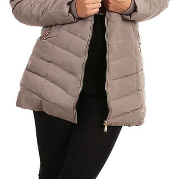 Zimní bunda zateplená kožíškem i pro plnoštíhlé tmavě modrá4