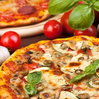 Dvě pizzy podle vašeho výběru: menu se 34 druhy