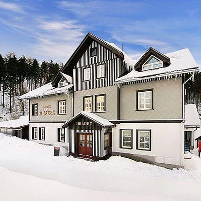 Hotel Hradec***, Dokonalá dovolená s polopenzí v centru Špindlerova Mlýna