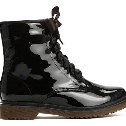 Dámské černé lakované kotníkové boty Glance 6149