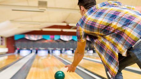 Levný bowling až pro 8 osob na hodinu či dvě
