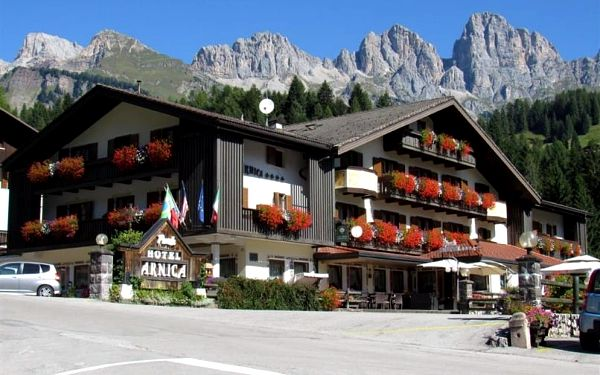 Itálie, Dolomiti Superski, autobusem na 5 dní polopenze